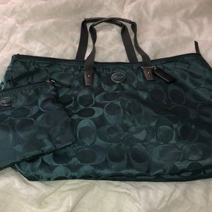 AUTHENTIC COACH Teal Nylon & Leather Duffle Bag
